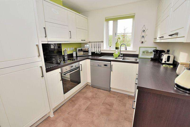 3 Bedrooms End Of Terrace House for sale in FIRST TIME BUYERS... No stamp duty for you on this one!