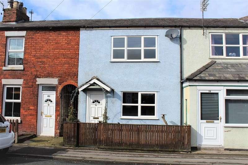 2 Bedrooms Terraced House for sale in Liverpool Old Road, Walmer Bridge, Preston