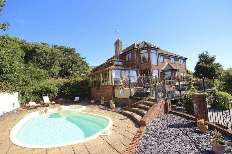 5 Bedrooms Detached House for sale in Cedar Lodge Cedar Park Copthorn Road, UPPER Colwyn Bay