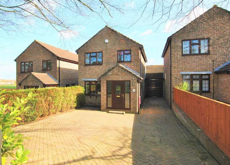 3 Bedrooms Detached House for sale in Sturminster Road, Brislington