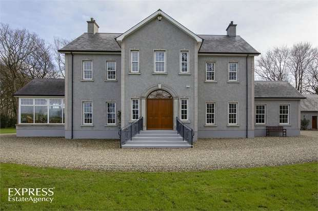 4 Bedrooms Detached House for sale in Knockmore Road, Stranocum, Ballymoney, County Antrim