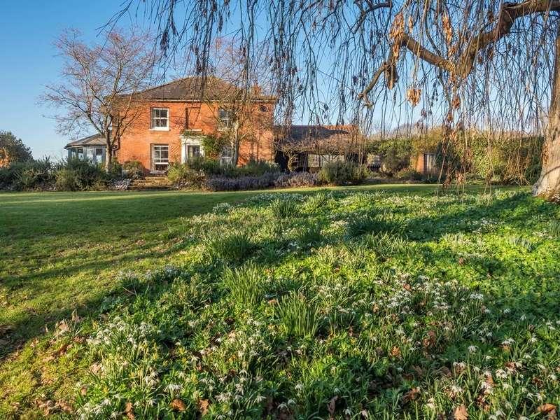4 Bedrooms Detached House for sale in Hall Lane, Knapton