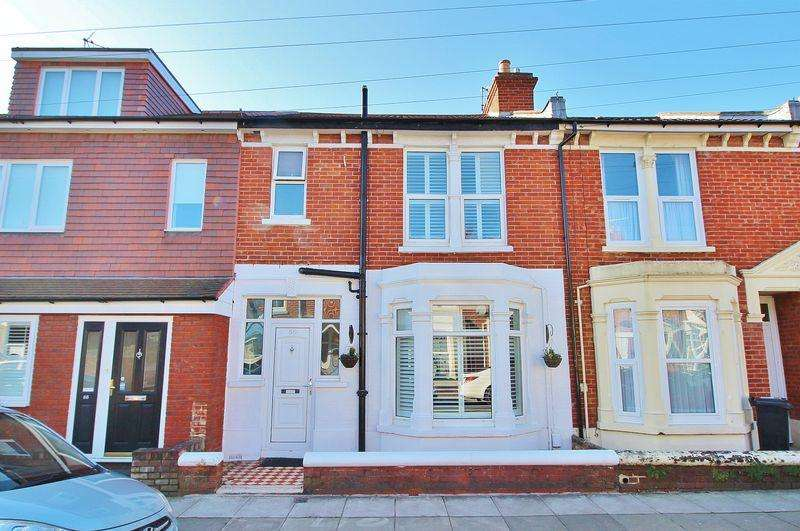 3 Bedrooms Terraced House for sale in Empshott Road, Southsea