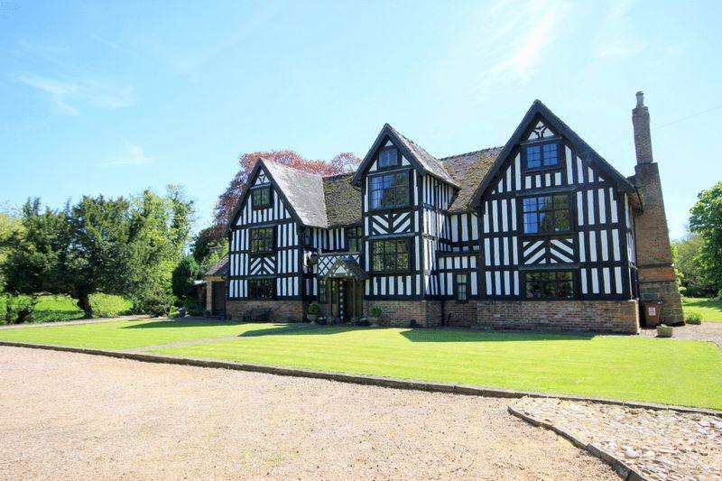 5 Bedrooms Detached House for sale in Milwich, Stafford