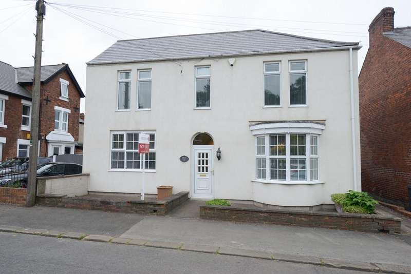 4 Bedrooms Detached House for sale in Field House, 260 Prospect Road