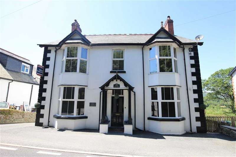 5 Bedrooms Detached House for sale in Machynlleth, Eglwys Fach
