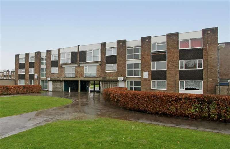 2 Bedrooms Flat for sale in Chargrove, Yate, Bristol