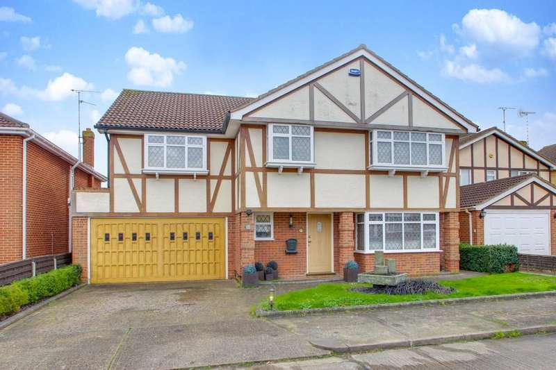5 Bedrooms Detached House for sale in Martingale, Thundersley