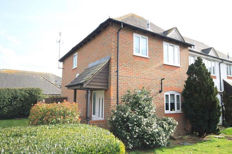 3 Bedrooms End Of Terrace House for sale in St Michaels Close, Lambourn, Hungerford, RG17