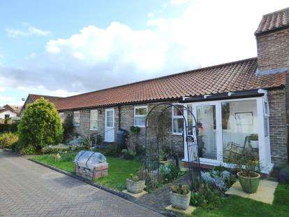 1 Bedroom Bungalow for sale in Smithy Yard, Wragby, Market Rasen, Lincolnshire