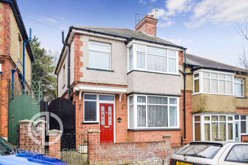 3 Bedrooms Semi Detached House for sale in Colin Road, Round Green, Luton, LU2 7RX