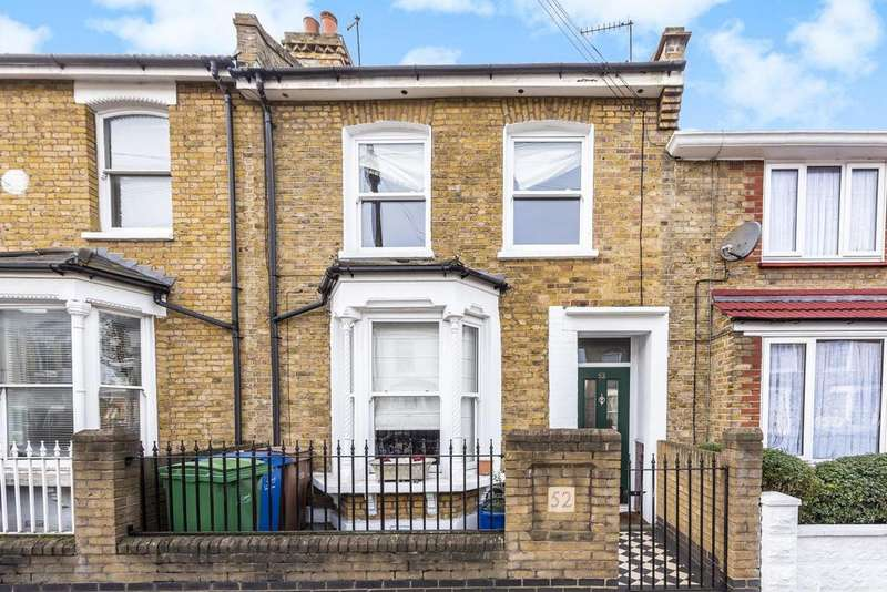 3 Bedrooms Terraced House for sale in Anstey Road, Peckham Rye