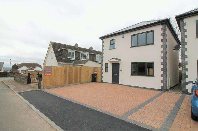 3 Bedrooms Detached House for sale in Grannys Lane, Hanham, Bristol