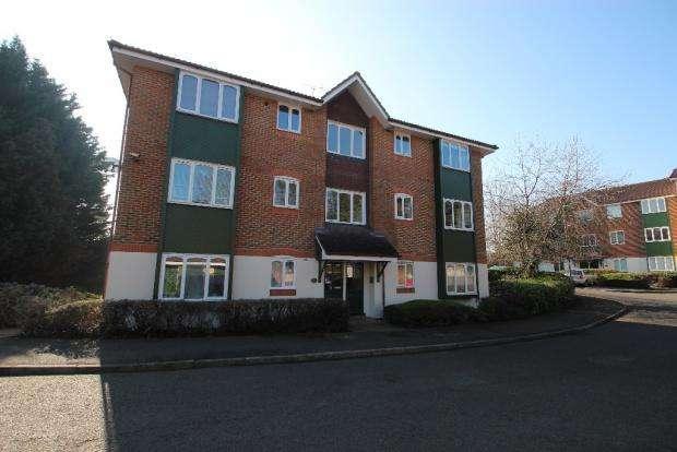 1 Bedroom Apartment Flat for sale in MISSENDEN GARDENS, Burnham SL1
