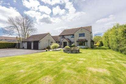 4 Bedrooms Detached House for sale in Keinton Mandeville, Somerton, Somerset