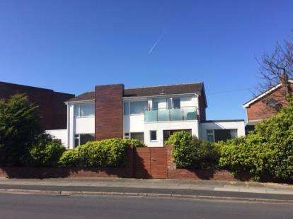 4 Bedrooms Detached House for sale in The Serpentine North, Blundellsands, Liverpool, L23