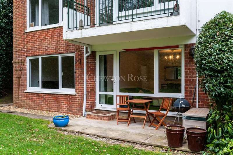 2 Bedrooms Flat for sale in London Road, Ascot