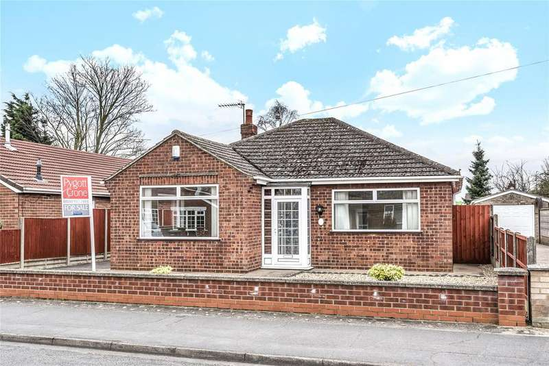 3 Bedrooms Detached Bungalow for sale in St Hughs Drive, North Hykeham, LN6