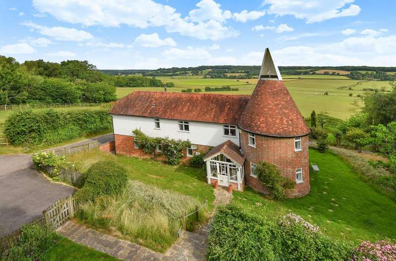 3 Bedrooms Detached House for sale in Udimore, East Sussex TN31 6BG