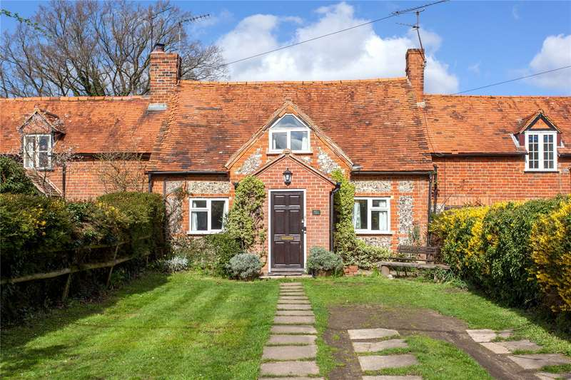2 Bedrooms Terraced House for sale in Chalkhouse Green, Chalkhouse Green, Berkshire, RG4