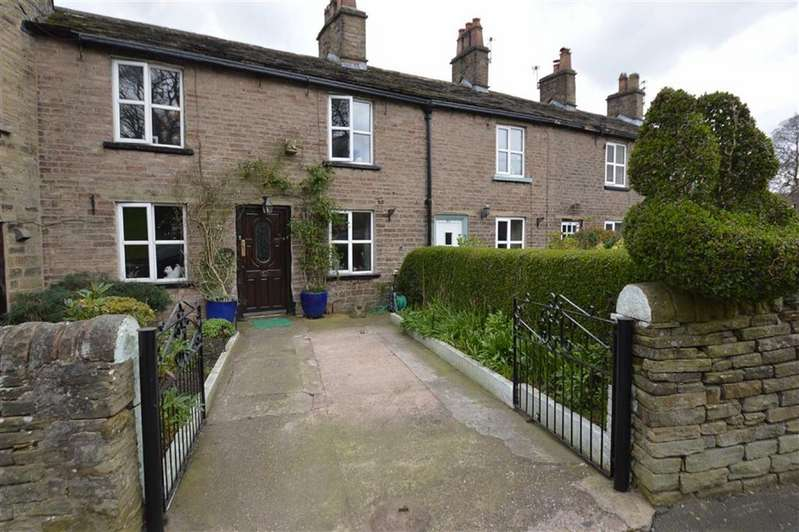 3 Bedrooms House for sale in Rainow Road, Macclesfield