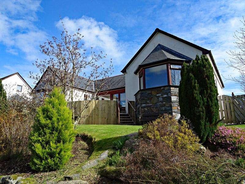 3 Bedrooms Detached House for sale in No'4 Whitepark Gardens, Castle Douglas DG7