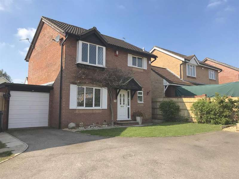 3 Bedrooms Detached House for sale in Isleys Court, Longwell Green, Bristol, BS30 7AR