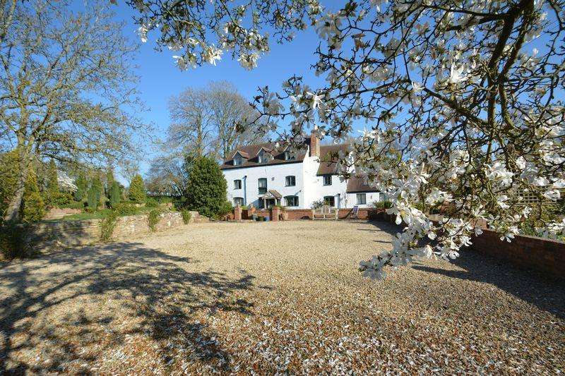 6 Bedrooms Detached House for sale in Hooks Lane, Newent