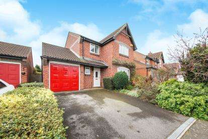 3 Bedrooms Detached House for sale in Henstridge, Templecombe, Somerset