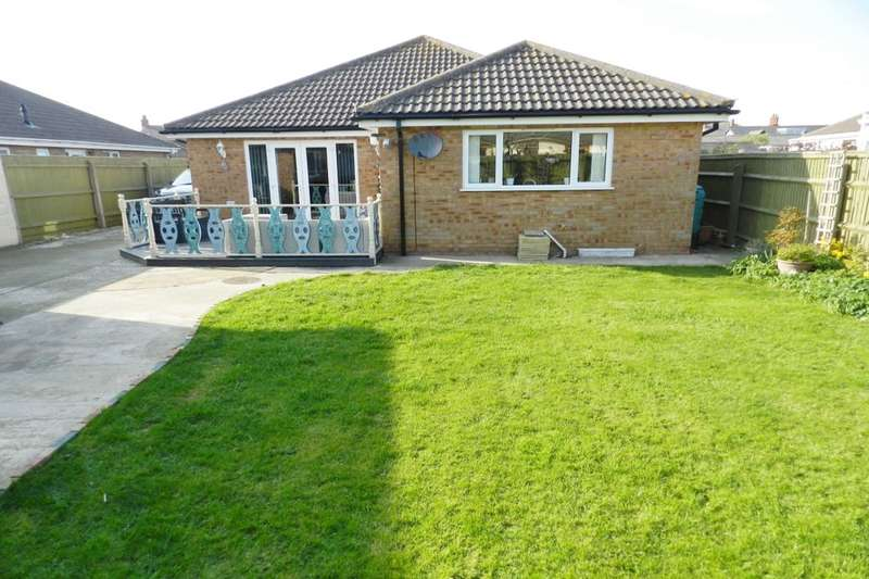 3 Bedrooms Detached Bungalow for sale in Furlongs Road, Sutton-On-Sea, LN12