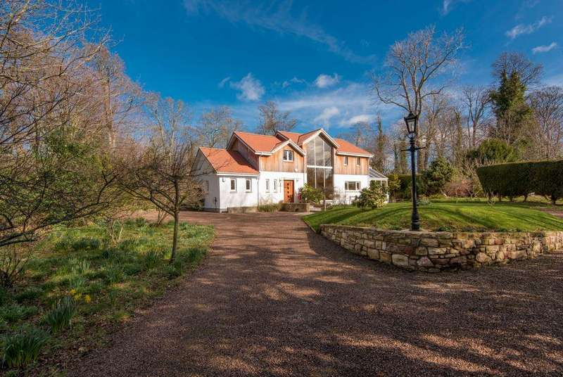 4 Bedrooms Detached House for sale in Colonsay, Pencaitland, East Lothian, EH34 5AS
