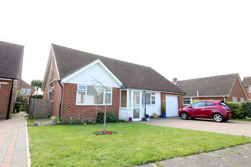 4 Bedrooms House for sale in Kingsmead Walk, BN25