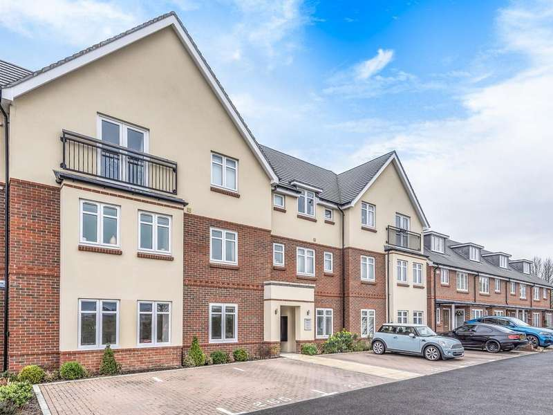 2 Bedrooms Apartment Flat for sale in Louden Square, Woodley, RG6