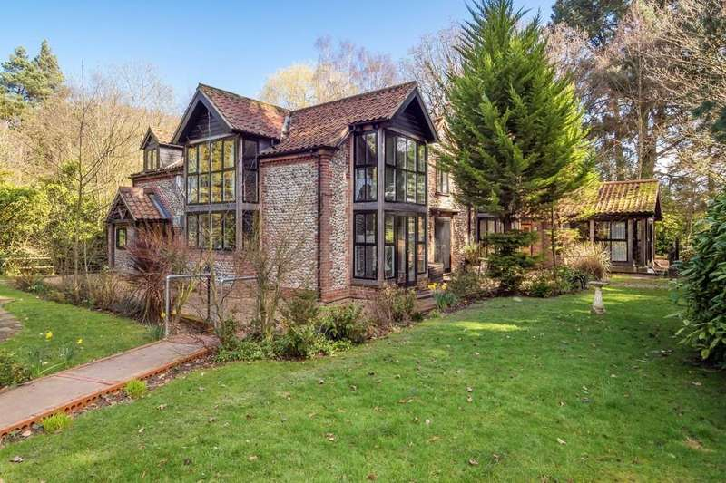 5 Bedrooms Detached House for sale in Aylmerton