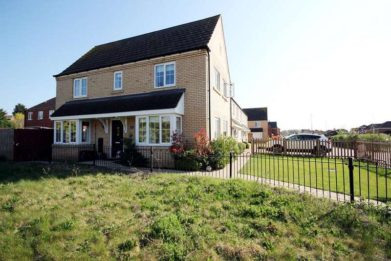 3 Bedrooms End Of Terrace House for sale in Ivel Road, Shefford, SG17