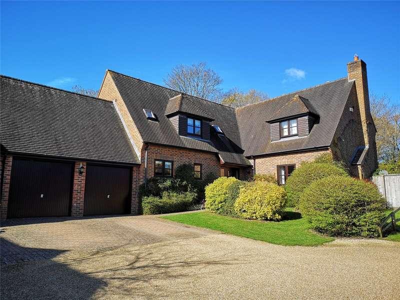 4 Bedrooms Link Detached House for sale in Heytesbury Park, Heytesbury, Warminster, Wiltshire, BA12
