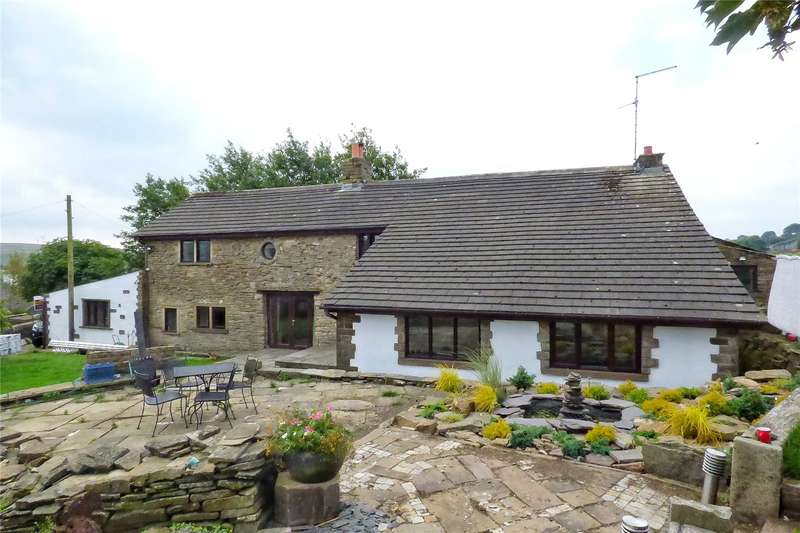 4 Bedrooms Detached House for sale in Doals Farm, Burnley Road, Bacup, Lancashire, OL13