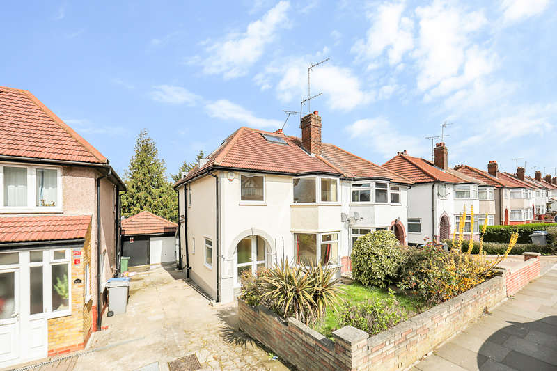 4 Bedrooms Semi Detached House for sale in Crest Road, London