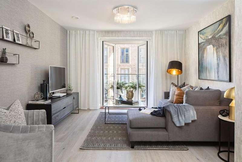 1 Bedroom Flat for sale in Coxwell Boulevard, London