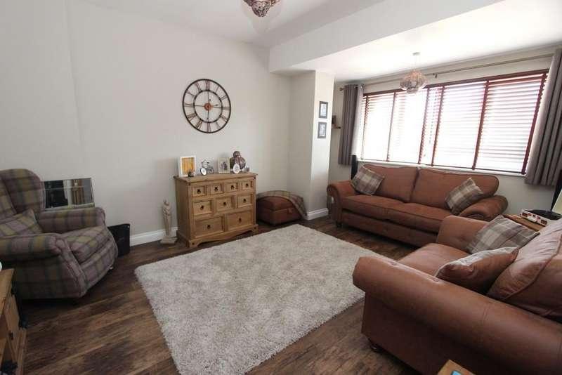 2 Bedrooms Maisonette Flat for sale in Spacious maisonette in Congresbury
