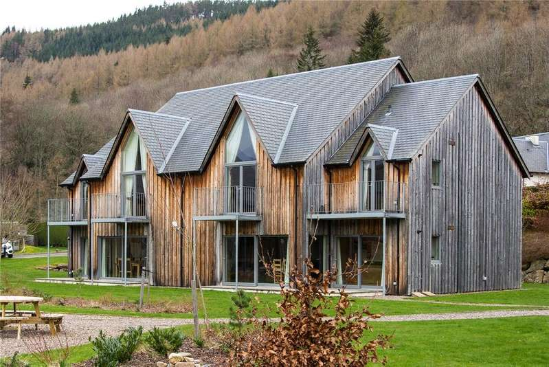 2 Bedrooms Apartment Flat for sale in The Gallops, Mains Of Taymouth, Kenmore, Nr Aberfeldy, Perthshire