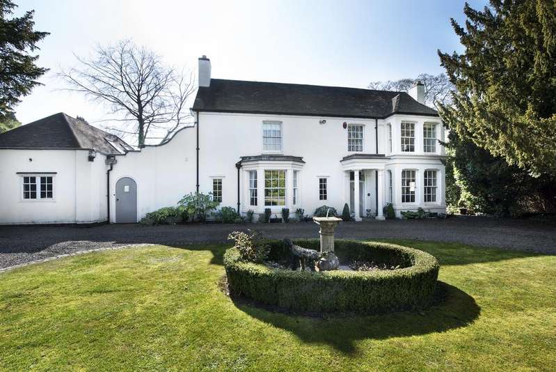 5 Bedrooms Detached House for sale in Mulroy Road, Sutton Coldfield