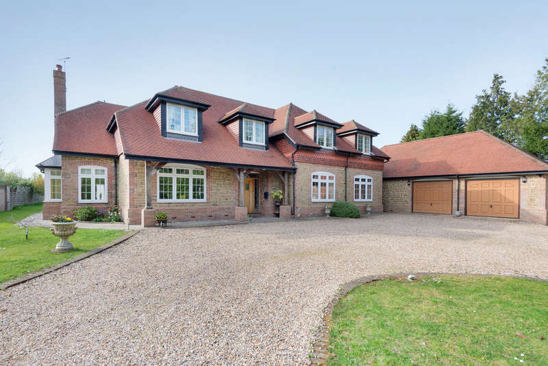 5 Bedrooms Detached House for sale in Slinfold