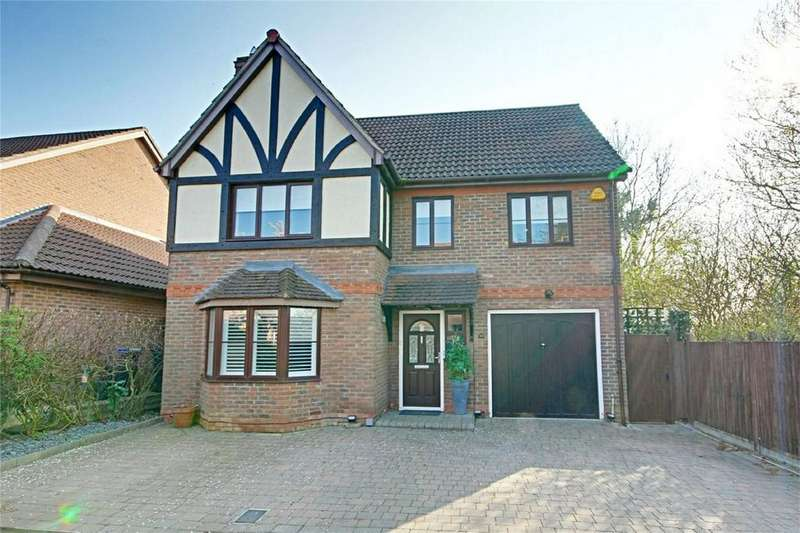 6 Bedrooms Detached House for sale in Whieldon Grange, Church Langley, Harlow, Essex