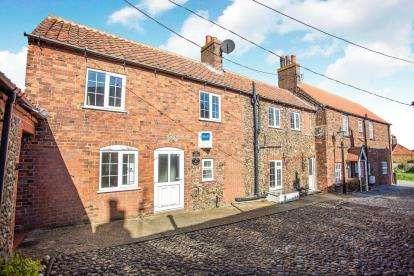 4 Bedrooms Terraced House for sale in Old Hunstanton, Kings Lynn, Norfolk