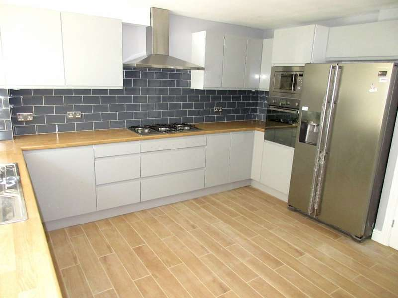 4 Bedrooms Terraced House for sale in Aplin Way, Isleworth, TW7