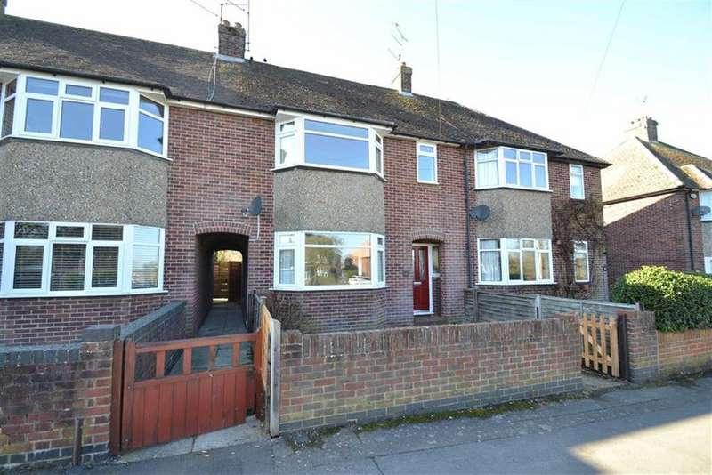 3 Bedrooms Terraced House for sale in Valley Road, Newbury, Berkshire, RG14