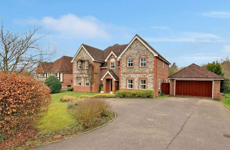 5 Bedrooms Detached House for sale in Woodville Place, Bengeo, Hertford SG14