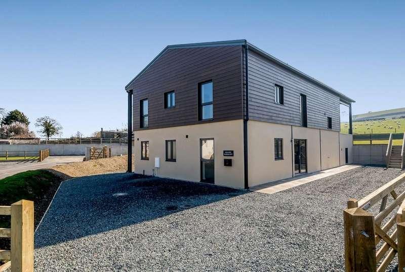 4 Bedrooms Detached House for sale in Warracott Farm Barns, Chillaton, Lifton, Devon