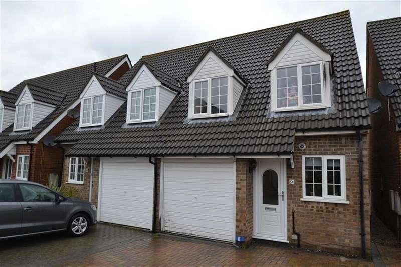 3 Bedrooms Semi Detached House for sale in Chapman Walk, Thatcham, Berkshire, RG18